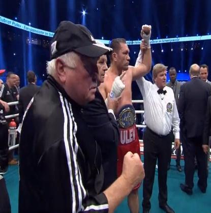Победа за Кубрат Пулев над Дерек Чисора