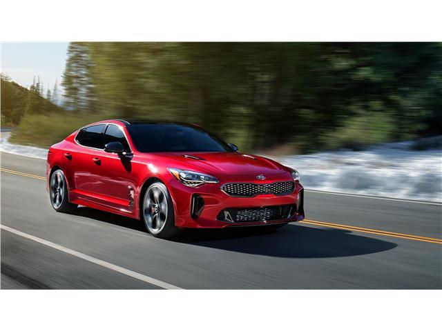 """Kia показва най-луксозния си автомобил на изложението """"За Туризма от А до Я"""" в Бургас"""