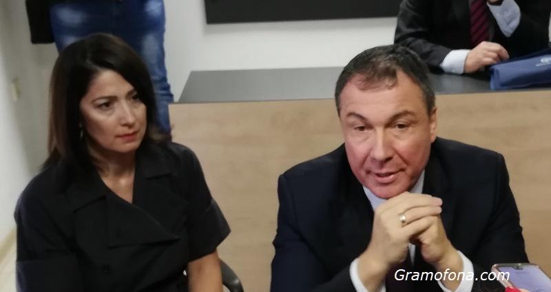 Разследват съпругата на несебърския кмет за хулиганство
