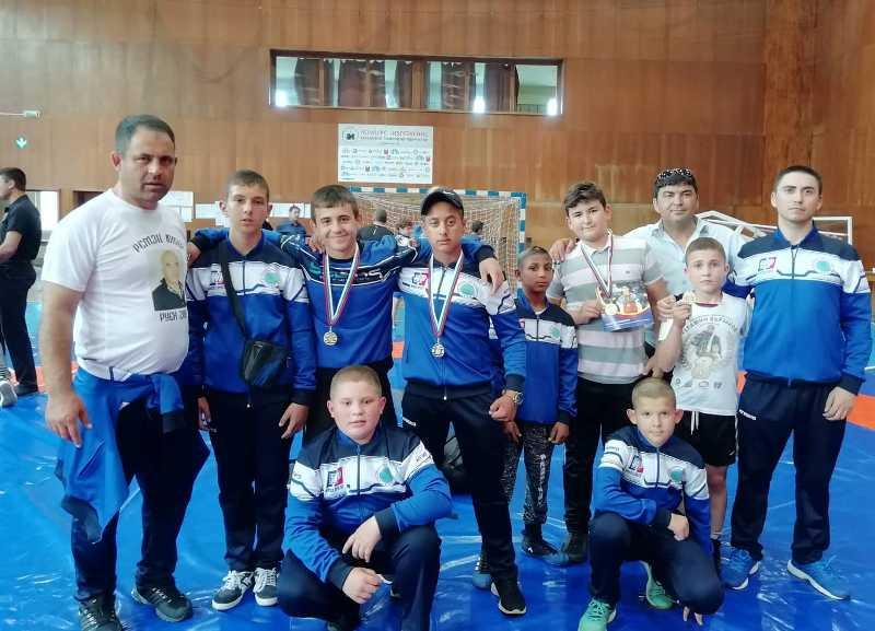 Отново много медали за борците на Руен