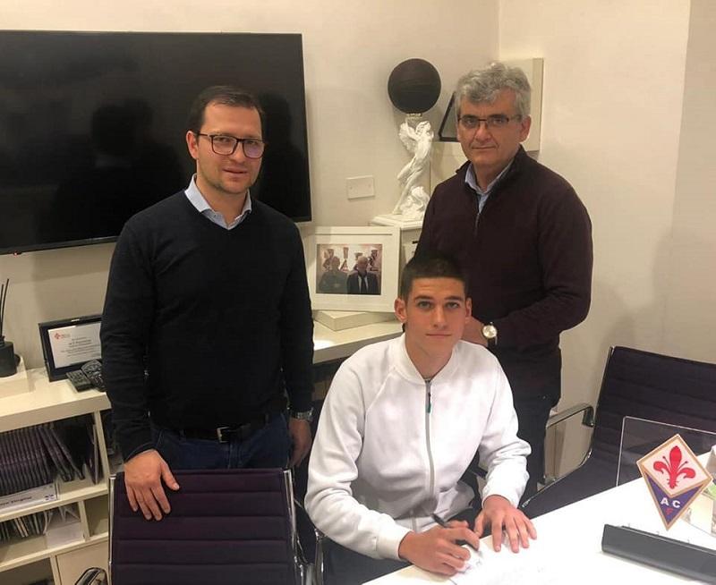 Юноша на Нефтохимик подписа с италианския Фиорентина