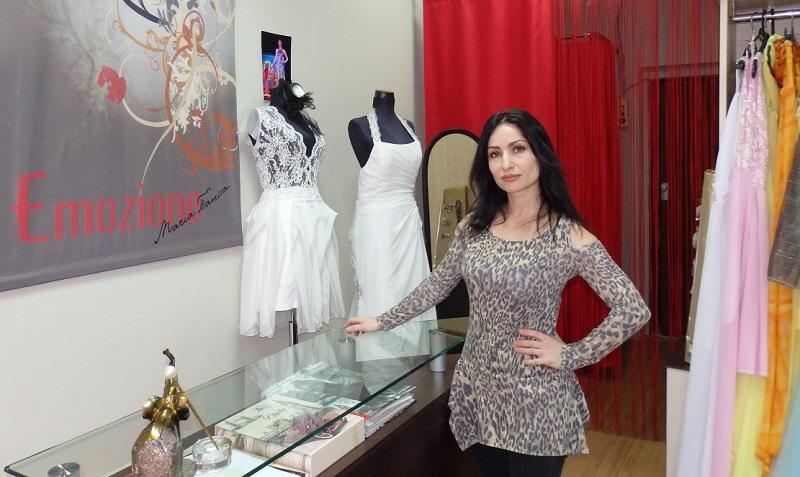 Дизайнер Мария Танева: Роклята е най-женствената дреха в гардероба на жената