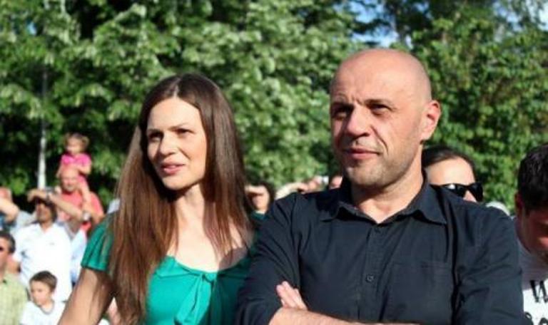 """Съпругата на Томислав Дончев се извини за антиромското изказване във """"Фейсбук"""""""