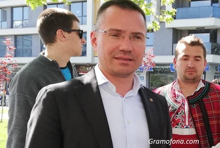 Ангел Джамбазки поиска българските евродепутати да не подкрепят Турция за член на Европейския съюз