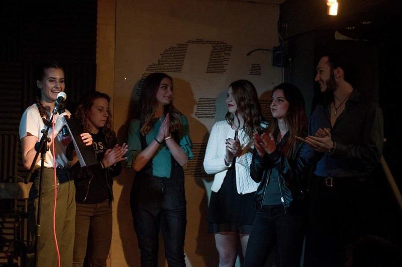 200 тийнейджъри от Бургас в плен на поезията