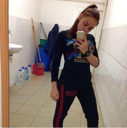 Полицията в Сливен издирва 15-годишно момиче
