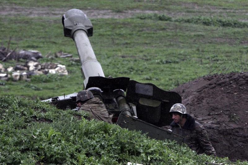 Ожесточени боеве между Азербайджан и Армения