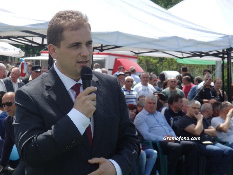 Депутатът Севим Али: Най-голямото богатство на Руен са неговите хора – честни и отрудени
