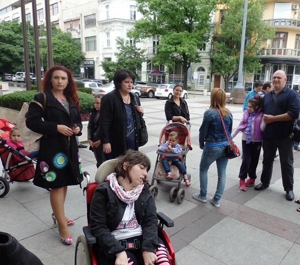 Осигуриха 300 000 лева за Бургас по програмата Личен асистент