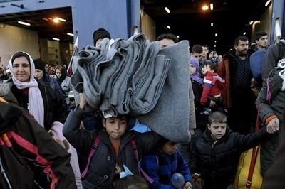 ЕС призова Турция да пусне на своя територия хиляди сирийци