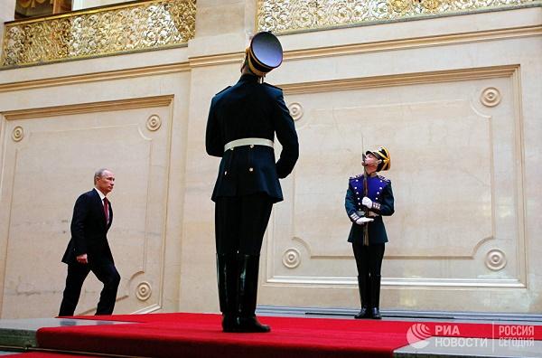 Путин започва официално четвъртия си президентски мандат