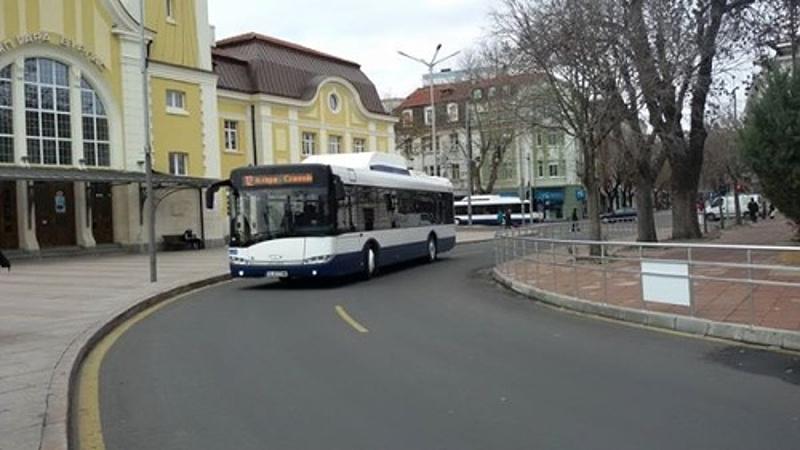 В Бургасбус следят по камерите за струпване на ученици и пускат повече автобуси в пиковете часове