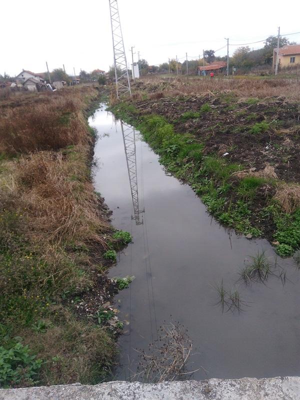 Община Камено готова да посрещне зимата с почистени дерета и ремонтирани канавки