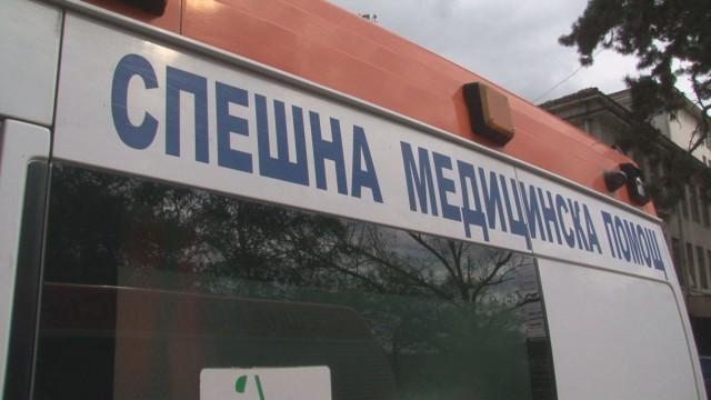Работник падна от петия етаж на кооперация в Бургас