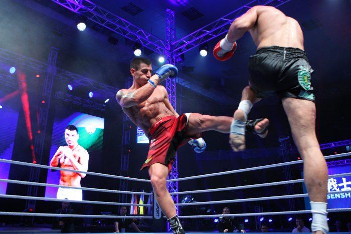 Блестящ! Атанас Божилов защити световната си титла