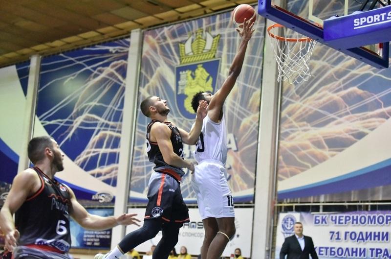 Черноморец започна с победа сезона в Националната баскетболна лига