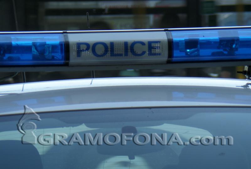 Пиян скъса пагона на полицай в Средец