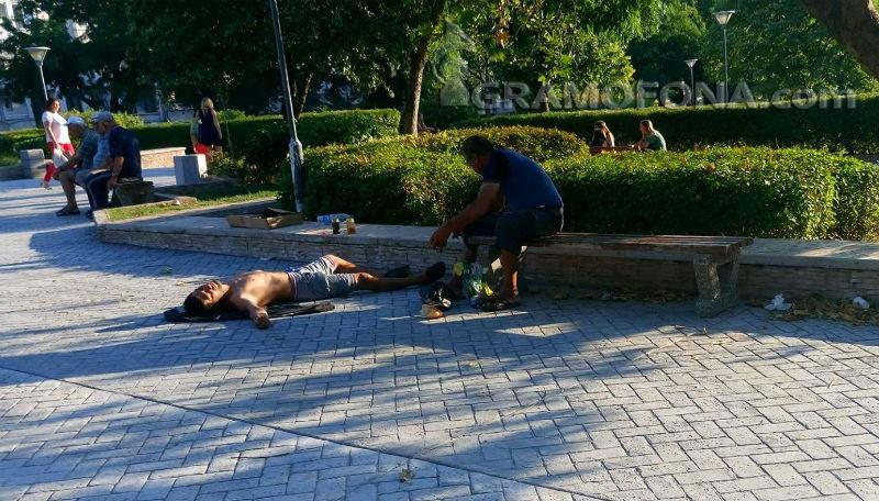 Съветници искат патрули в градинките и детските площадки в Бургас