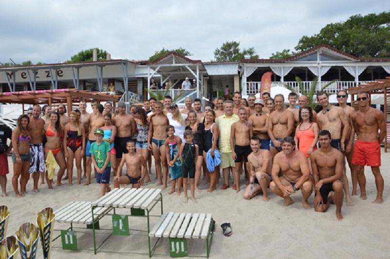 75 плувци в надпревара за купата Света Марина