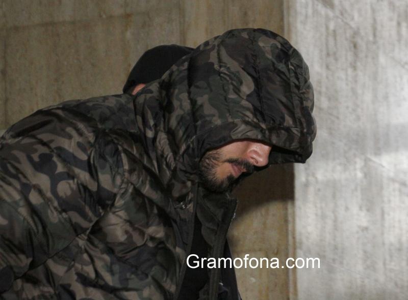 """Постоянен арест за бургазлия с 22 присъди, задържан за палежа в """"Зорница"""""""