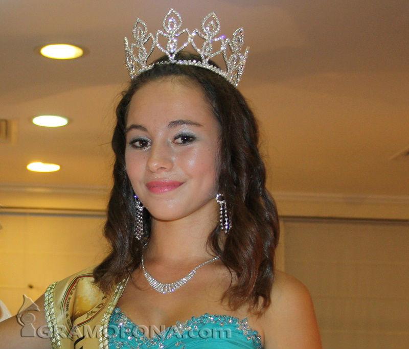 Бургазлийката Димона ще представя България на Junior Model International