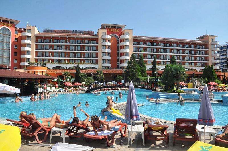 В Слънчев бряг се хвалят с пълни хотели