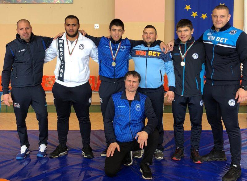 Шестима борци от Черноморец – Бургас повече от надъхани за големия успех утре