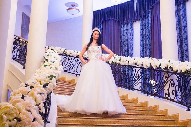 Ревю булчински рокли на световни дизайнери и бутикови детски облекла показват в събота в Гранда на Бургас