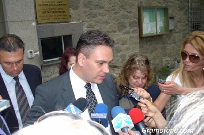 Пламен Георгиев ще трябва да се раздели със скандалната си тераса, става генерален консул във Валенсия