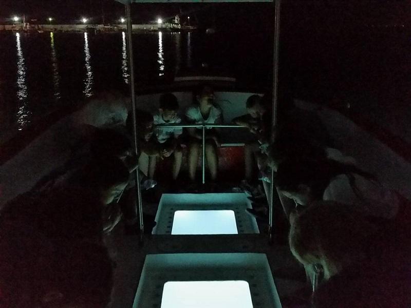 Пощуряха по прозрачната лодка на Здравко от Приморско