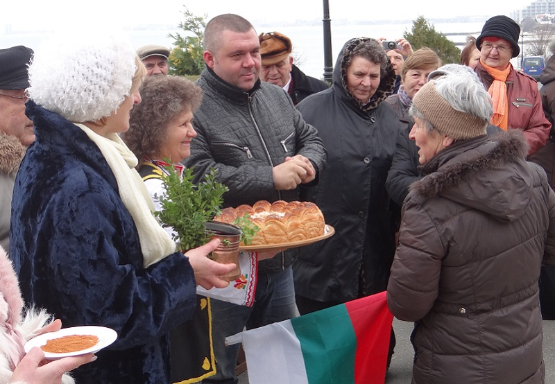 В Свети Влас ще отбележат началото на лозарската година с ритуално зарязване на лозница