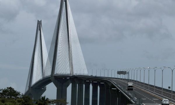 Панама откри нов мост над канала за 380 милиона долара