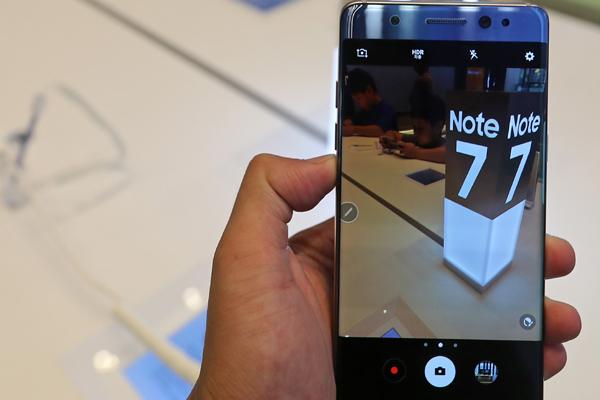 В САЩ забраниха Samsung Galaxy Note 7  в самолетите