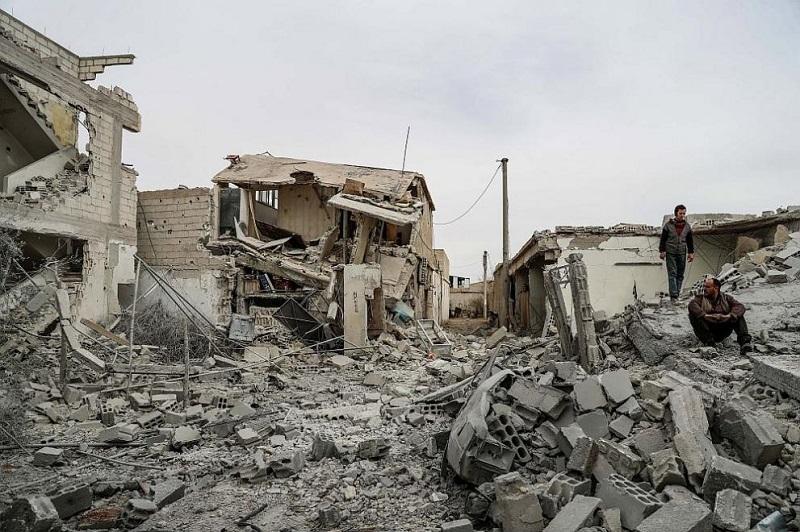 94 цивилни са убити при бомбардировки близо до Дамаск