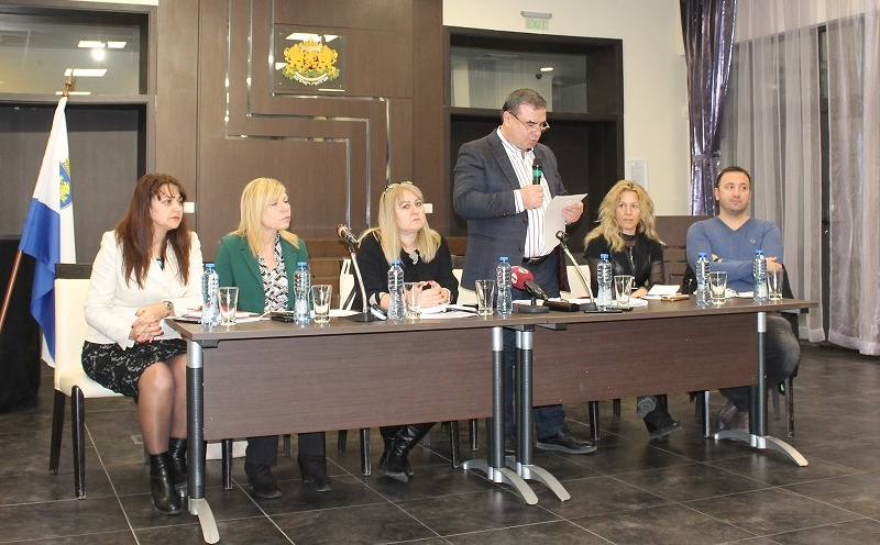 """Реконструират зоната около """"Краснодар"""", ремонтират всички улици във """"Възраждане"""""""