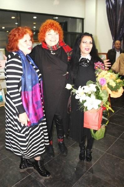 Радка Караиванова с изложба за Великден