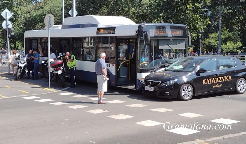 Шефът на Бургасбус: Автобусите и колите на Демокрация нямат никакви проблеми