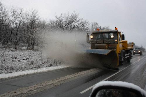 Дъждът обърна в сняг навсякъде в региона, шофирайте внимателно