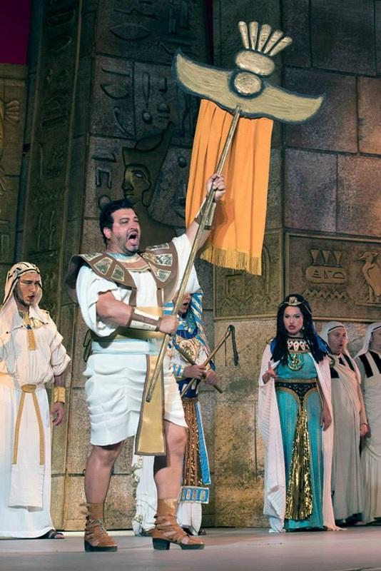 Тенорът Камен Чанев влиза в образа на Рамадес от Аида