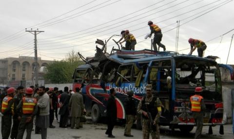 Взрив в Пакистан отне живота на 15 души