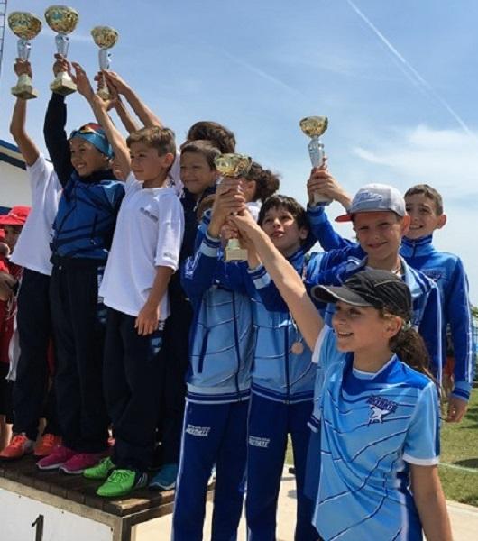 Бургаски плувци триумфираха на Държавното първенство във Варна