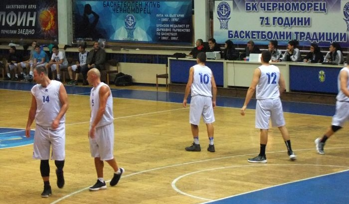 """""""Черноморец"""" спечели баскетдербито във Варна след 31 точки на Гларуса"""