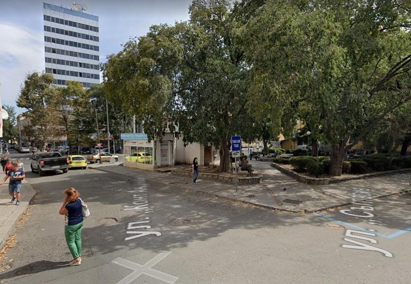 Бургазлии роптаят срещу агресивни таксиджии, молят кмет и полиция за помощ