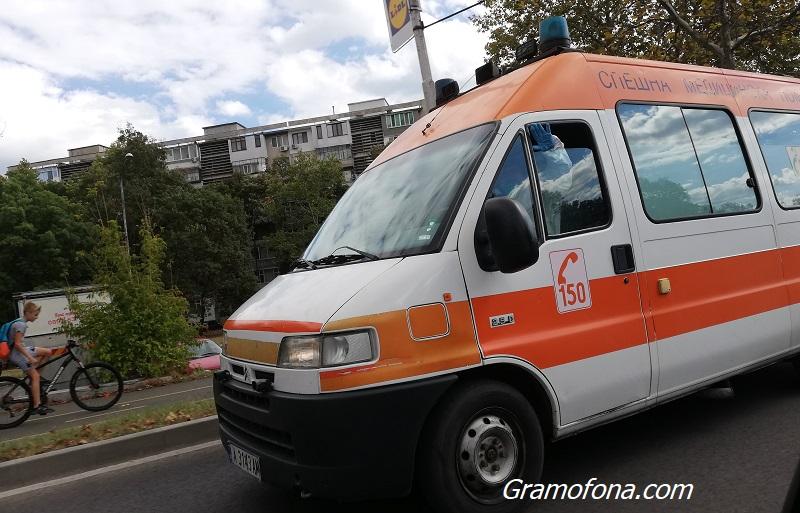 Жена с коронавирус трябва да обикаля сама по болниците, за да бъде прегледана