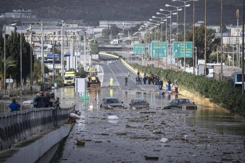 """Бурята """"Евридика"""" взе 15 жертви в Гърция"""