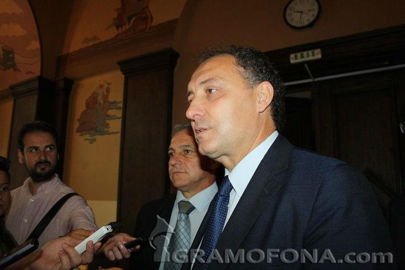 Иван Вълков отново влиза в парламента
