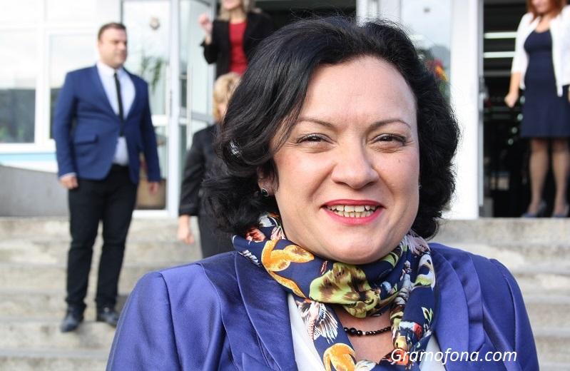 Ивелина Василева за вота на недоверие: Нищо градивно от БСП