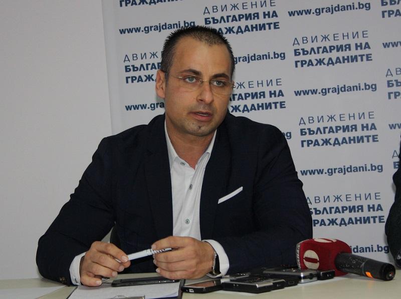 Общинският съветник от РБ Живко Табаков приема граждани в понеделник
