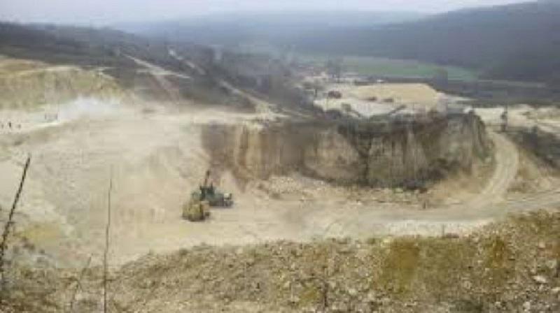 Контролирани взривове край Горно Езерово