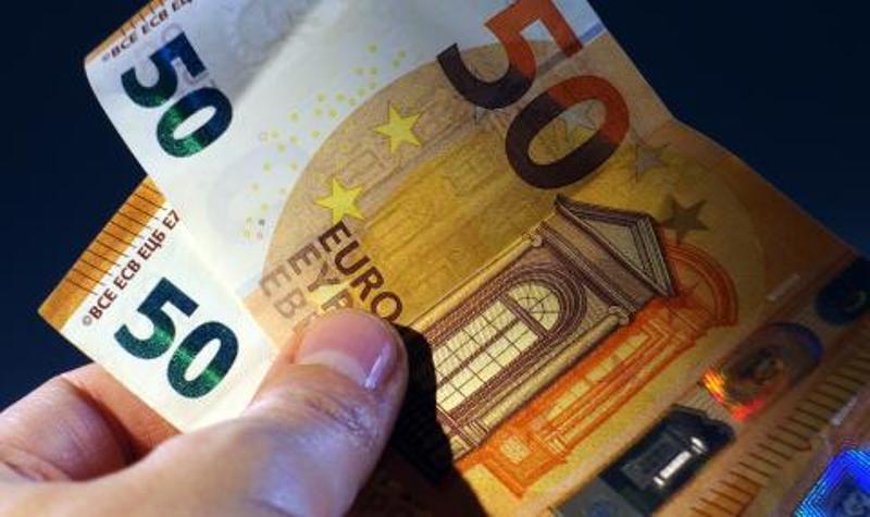 Италия отпуска 400 милиарда евро за бизнеса